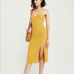 Abercrombie & Fitch yellow polka dot midi dress s